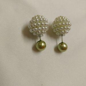 Green ball stud earrings